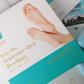 Пилинг-носочки для стоп Holika Holika Baby Silky Foot One Shot Peeling Комплектация: 1 пара (комплект).